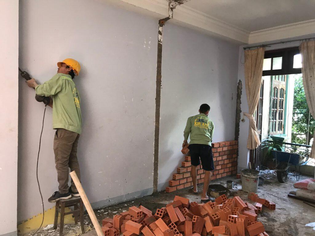 Nhận làm tất cả các dịch vụ liên quan đến nâng cấp, sửa chữa nhà