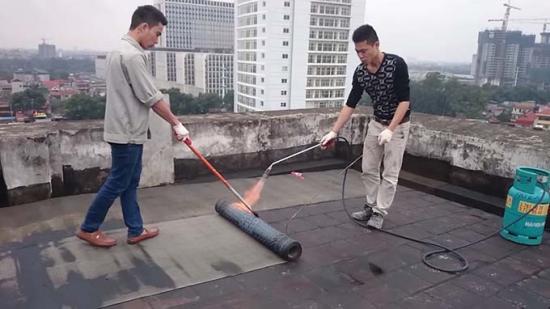 Chống thấm trần nhà, sân thượng, tường nhà và tất cả các dịch vụ về chống thấm