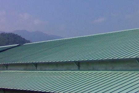 Thợ chống dột mái tôn tại Quận 6 - Dịch vụ làm mái tôn chuyên nghiệp