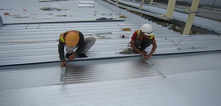 Thợ sửa mái tôn tại Quận 10