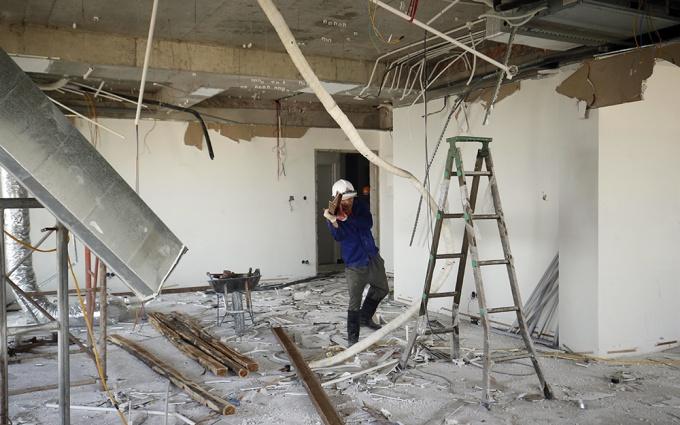 Chúng tôi nhận tất cả các dịch vụ sửa chữa, nâng cấp nhà theo yêu cầu của quý khách hàng