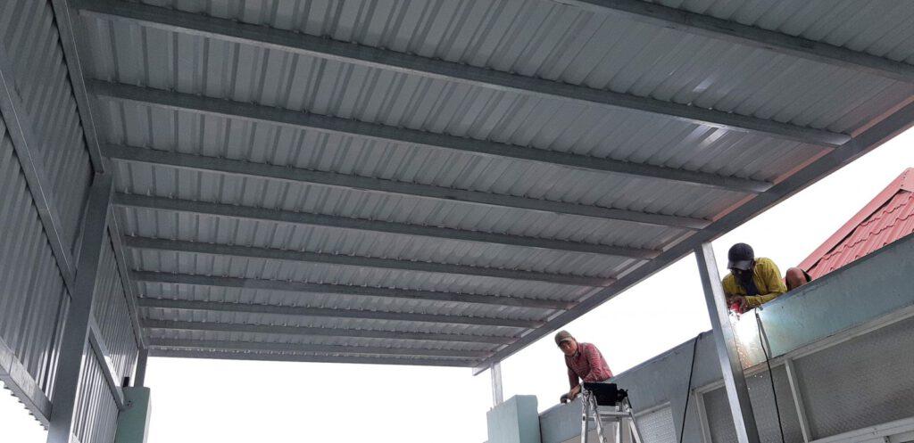 Chúng tôi chuyên nhận thiết kế mái tôn, báo giá, dự tru kinh phí phù hợp với số tiền bạn có