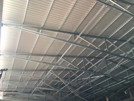 Chúng tôi nhận làm, thiết kế khung mái tôn chắc chắn, và chất lượng