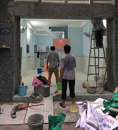 Đội ngũ nhân viên chăm chỉ, nhiệt tình, có nhiều năm kinh nghiệm trong lĩnh vực sửa chữa, nâng cấp nhà